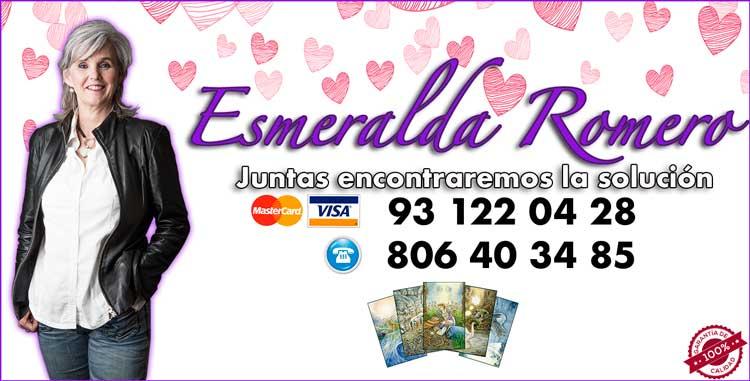 Esmeralda Romero vidente y tarotista - tarot profesional
